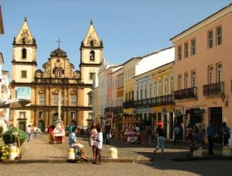 CUPO AEROLINEAS - DESDE COR - SALVADOR - SALE 08/SEP
